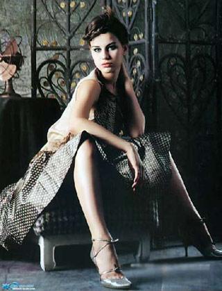高贵礼服 气质女人 -阿嘎时尚生活 阿巴嘎旗在线