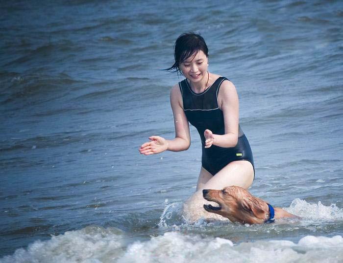 海边的美女与酷