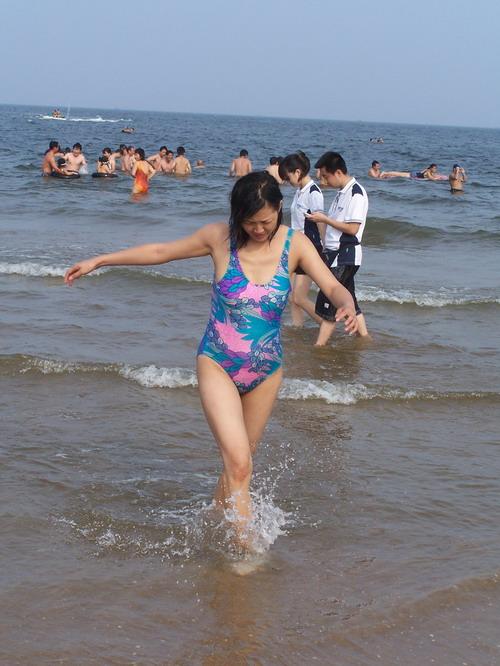 [天马原创泳装美女--海岸风情