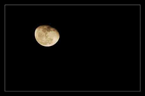 星星月亮睡觉的图片