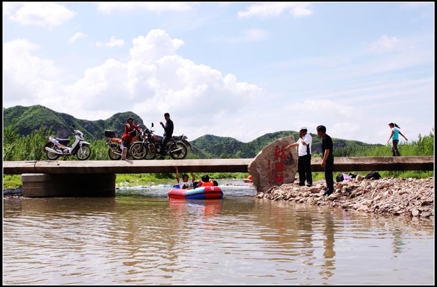 主题: 六月,青龙河漂流