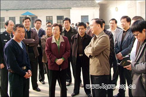 省政法委书记徐立全在市县领导周本银