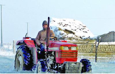 伊犁河冰凌泛滥成灾 损失约967万