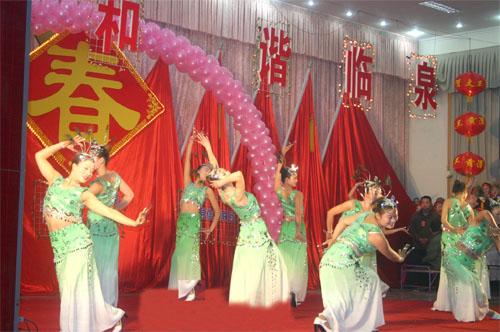 幼儿园春节联欢晚会手工制作
