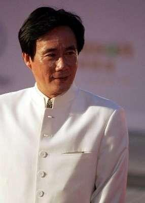 上海地产富豪雇凶伤人 2500亩地倒卖6次赚14亿
