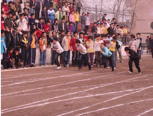 蒙城县举行中小学生田径运动会