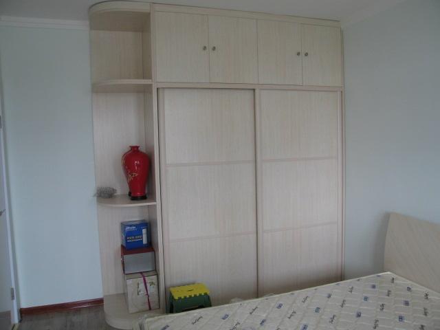 诗尼曼衣柜装修效果 箭牌衣柜 北美枫情 打造优雅纯朴家居